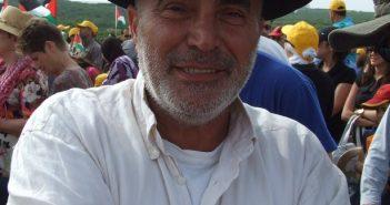עזרא נאווי. צילום:אורי זקהם, מתוך ויקיפדיה