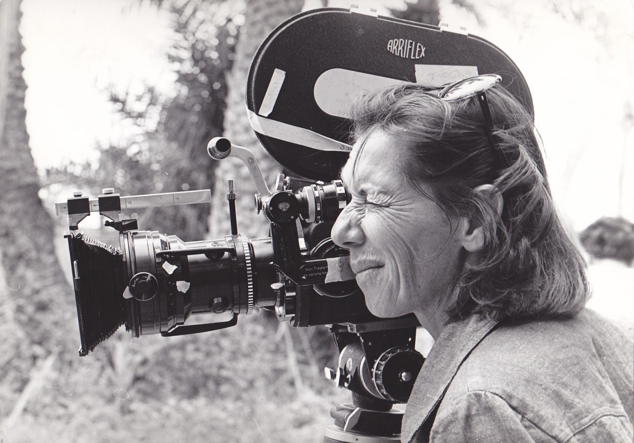 סמדר זמיר מציגה: #פרייםמשלה, 60 סרטי נשים