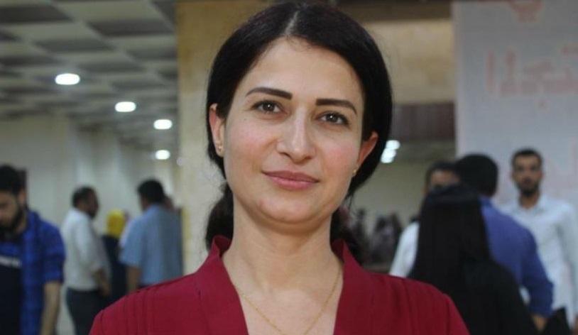 חברין כאלף, פעילה פמיניסטית הוצאה להורג אמש בגבול הצפון מזרחי של סוריה בעקבות משיכת הכוחות האמריקאים מהאזור ופלישתם של כוחות טורקיים