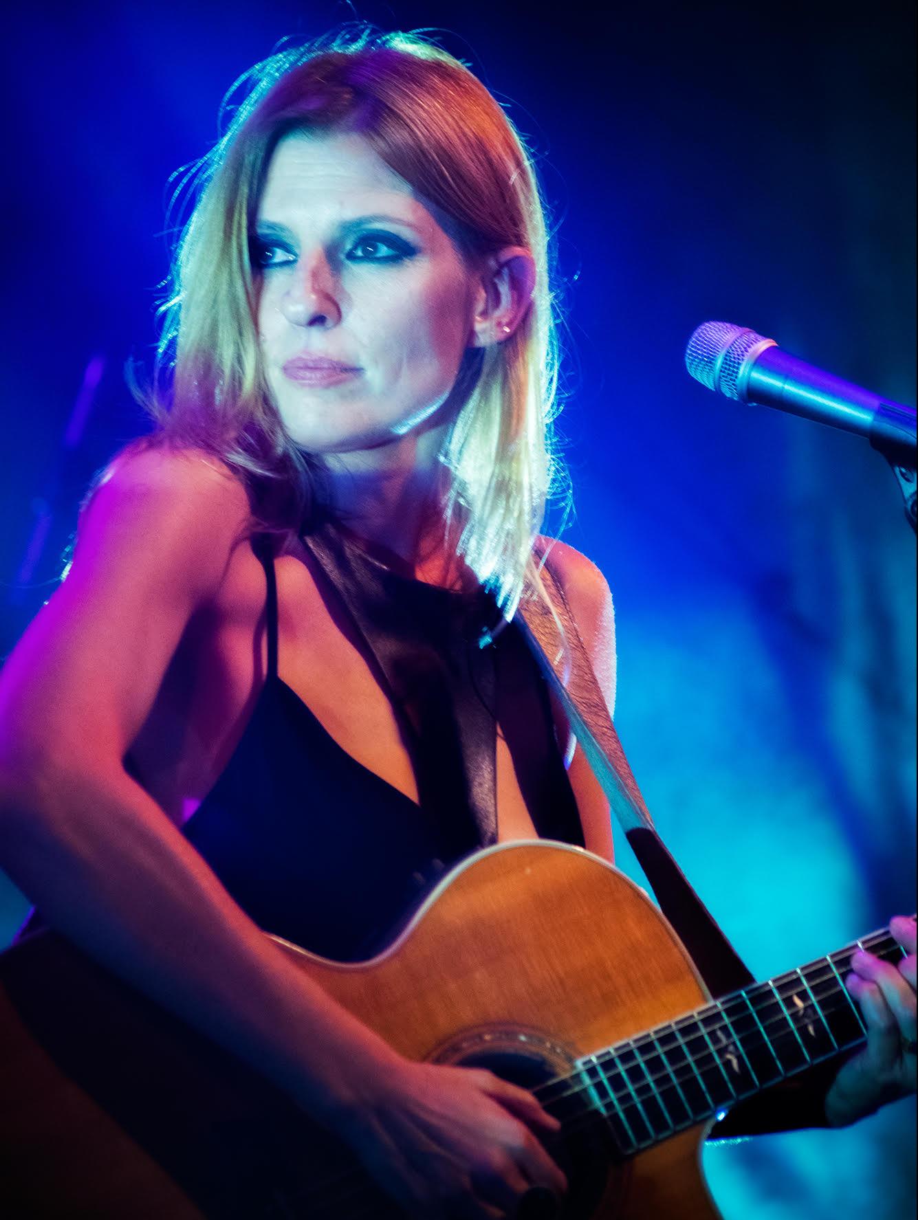 אמהות מוזיקאיות: תמונה של דנה ברגר